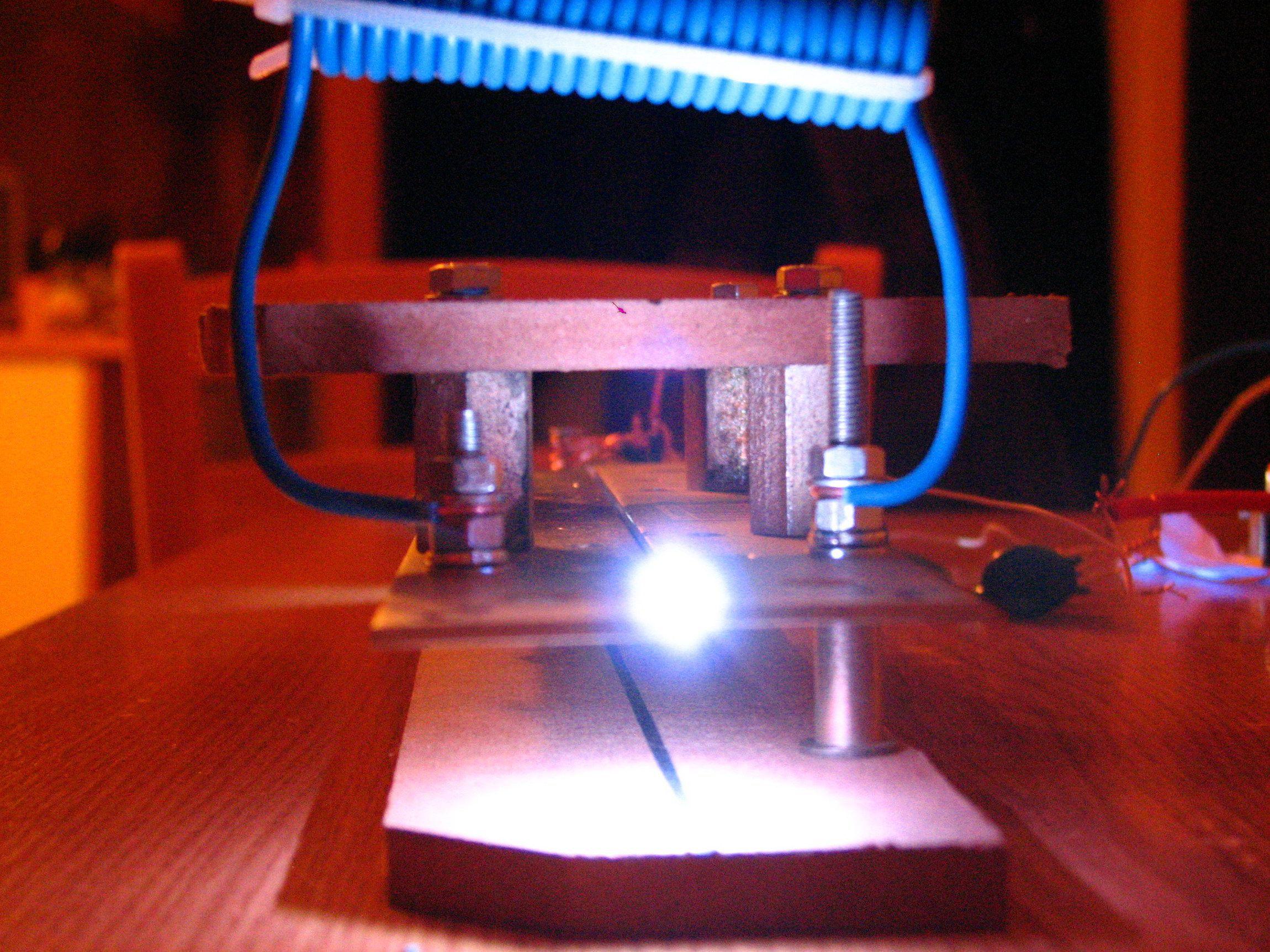 Самодельный лазер лазера